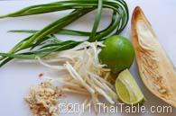 pad thai street food step 8