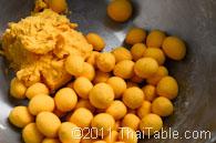 pumpkin sticky rice balls in coconut milk step 5