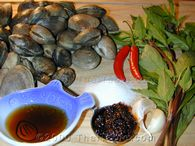 spicy clams with basil step 1