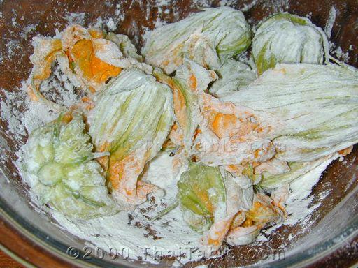 crunchy squash blossoms step 3