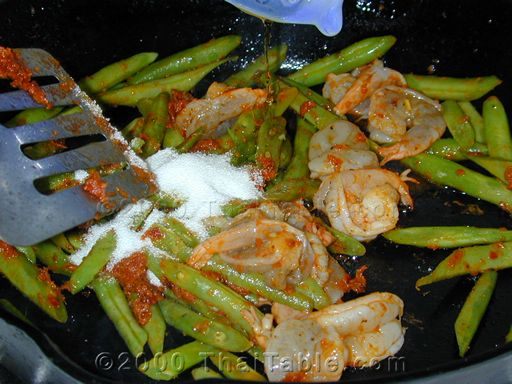 green beans and shrimp step 4