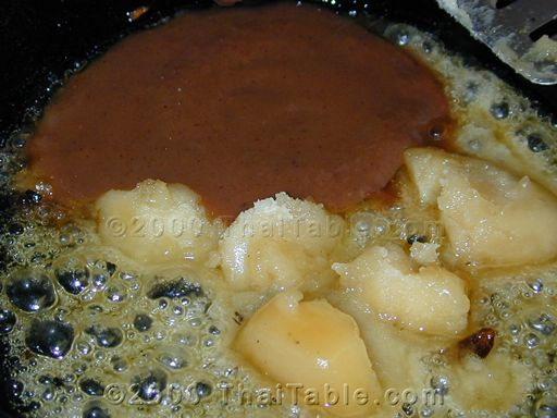 sweet and sour tamarind sauce step 5