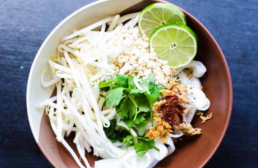 tom yum noodles step 9