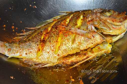 turmeric fried fish step 6